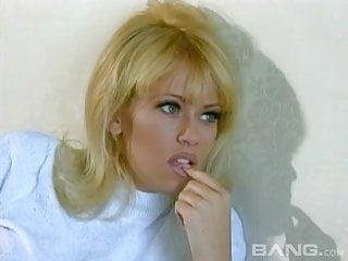 Jenna jameson lesbian vidios - Eating a cherry out of jennas pussy