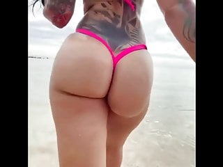 Free nsfw amateur porn sites Booty walk of fame nsfw pawg