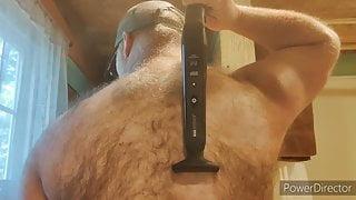 Straight bear demonstrates backfur trimming.