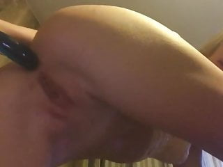 Womans stretched asshole Girl masturbates with dildo up her ass, stretched asshole