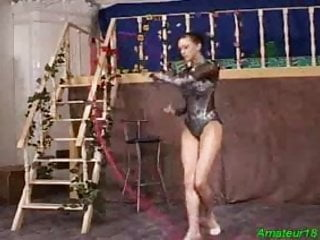 Vagina and oral sex Flexible gymnast gets hard fucked sex and oral job