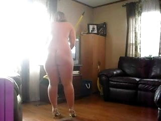 Ratle my nude My ex cleaning nude for me