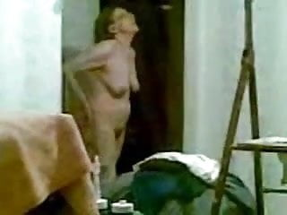 My mom nude naked sex - My mom fully nude looked in the window