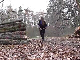 Com log nudist Log pissing