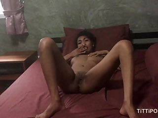 Nuts girl pussys He barebacks my thai pussy until he nuts