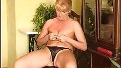 Secrets of Horny Mature 7-2