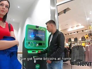 Why should i give a fuck - Hunt4k. chick cant get her transaction so why she should
