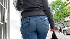 Candid Jeans Booty