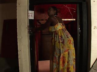 Lifted up blowjob - Ebony bitch lifts her dress up so guy can fuck her