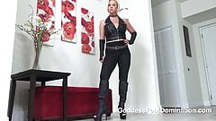 Gynarchy Commands you to Give Tribute With your body
