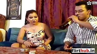 kirayedar bhabhi ko choda makan malik ne