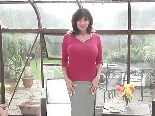 Romania inedit mature nl - Gorgeous mature mother with hungry pussy