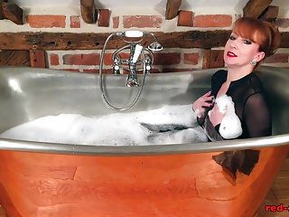 Red pussy fuck Red fucks her pussy with bbc in bathtub