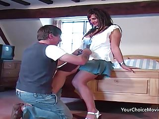 Fgree nude glam thumbnail pics Older glam housewife takes anal while hubby is out