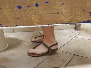 Video voyeur x - Gas station toilet voyeur x skinny redhead