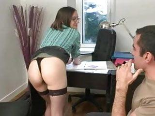 Virgin de la - Petite etudiante sodomisee dans le bureau de la directrice