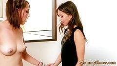 Petite stepdaughter fingers her stepmoms