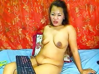 Lady thai lady sexy Mature thai lady showing her big boobs on cam