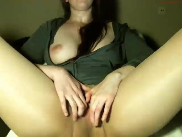 Latina Puffy Pussy Squirt