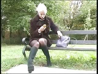 In park pee Park pee