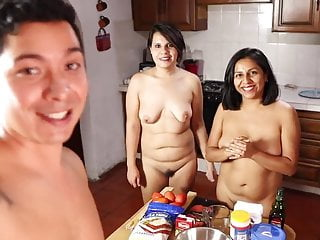Brazilian nudist videos Pizza , nudist friends , pizza au naturel