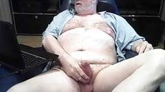 Sexy silver beard bear daddy masturbates to completion