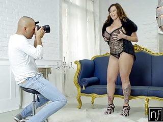 Busty massive - Nf busty - frisky photoshoot with massive tit milf s8:e12