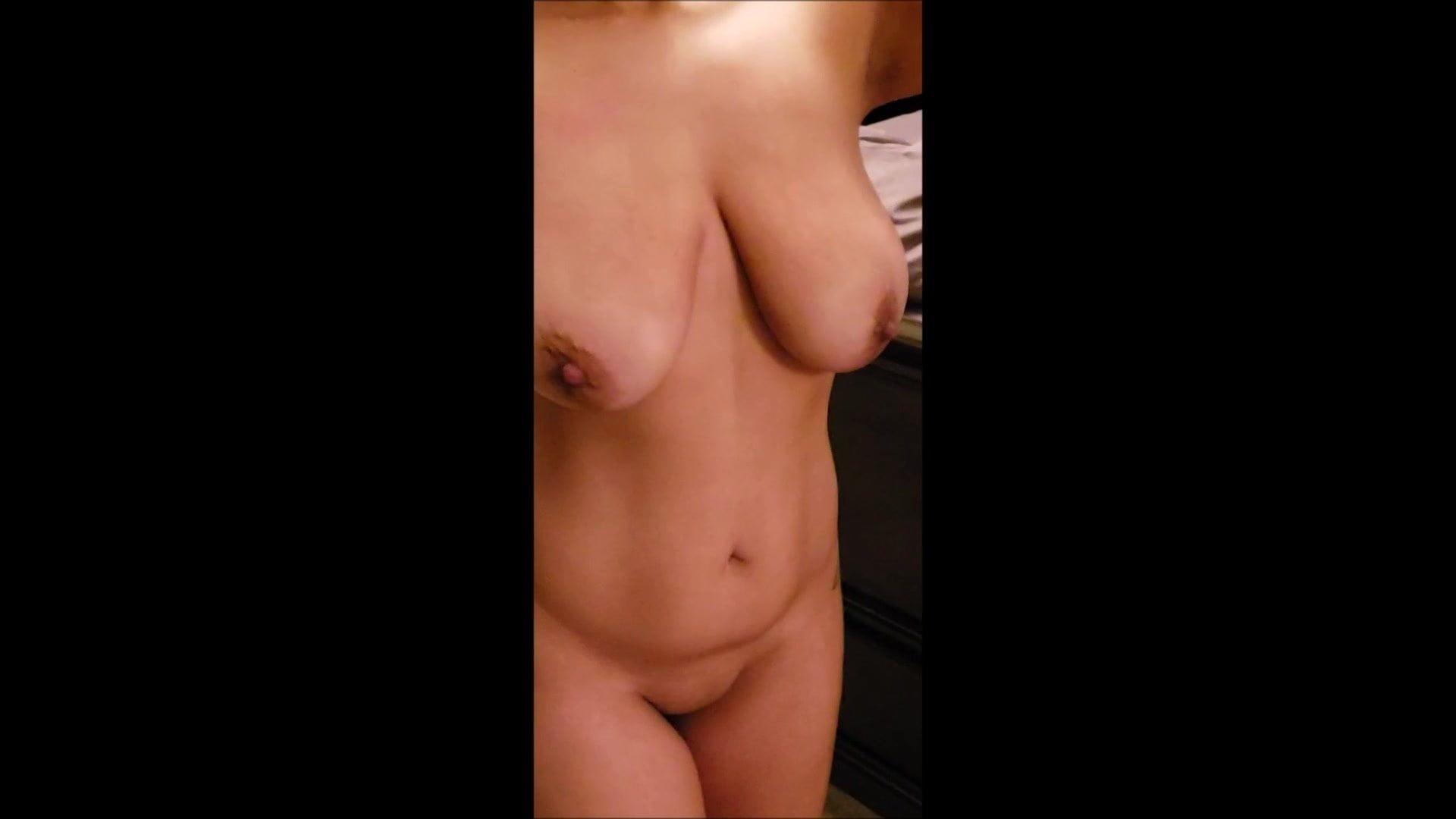 Girl has wonderful orgasm