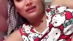 Iraqi Woman Dirty Talk on Cam