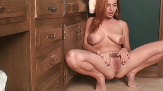 Beautiful Girl With Perfect Pussy Pissing