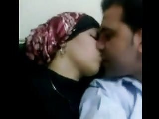 How to wear sexy underwear Hijab lost after fucked her underwear to wear
