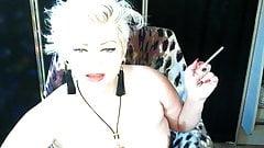 Seductive mature whore Aimee driving her fans crazy again ))