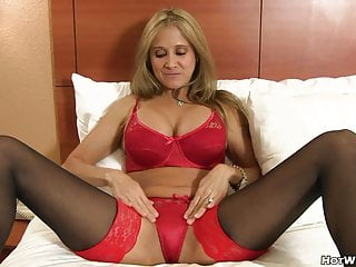 Mom pussy massage Naughty cougar banged by her young lover