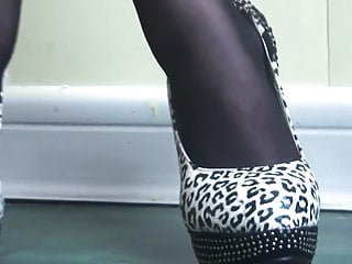 Japanese pantyhose tube video - Japanese pantyhose