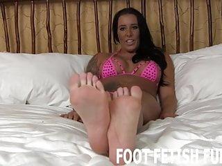 Pricking of my thumbs My feet will make your prick diamond hard