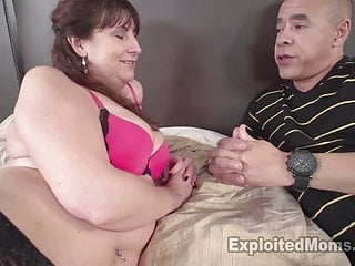 Atlanta lingerie models - Hot mom is secretly a lingerie model