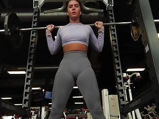 No bra nice boob Nice cameltoe on leggins no panties workout no bra wet pussy