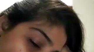 Desi Beautiful Indian Girl Gives Blowjob