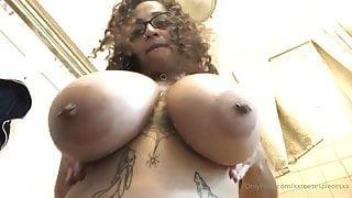 IG thot showing tits