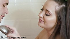 NuruMassage Celebrity Wants Discrete Rub from Gia
