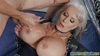 Cougar fucks short guy before cumshot over tits
