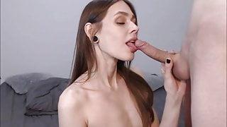 Amy Earlobes Sensual BJ with Facial