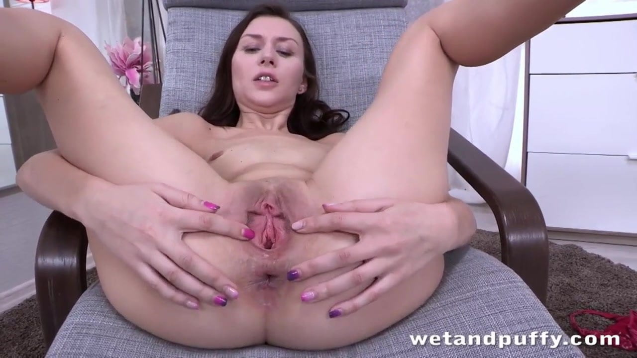 Classy Solo Teen Teasing Her Pussy