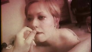 Explosion on girlfriends face 2 (no sound) Super 8