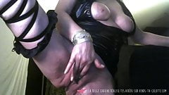 Vends-ta-culotte - Belgian MILF Ass Contraction Teasing