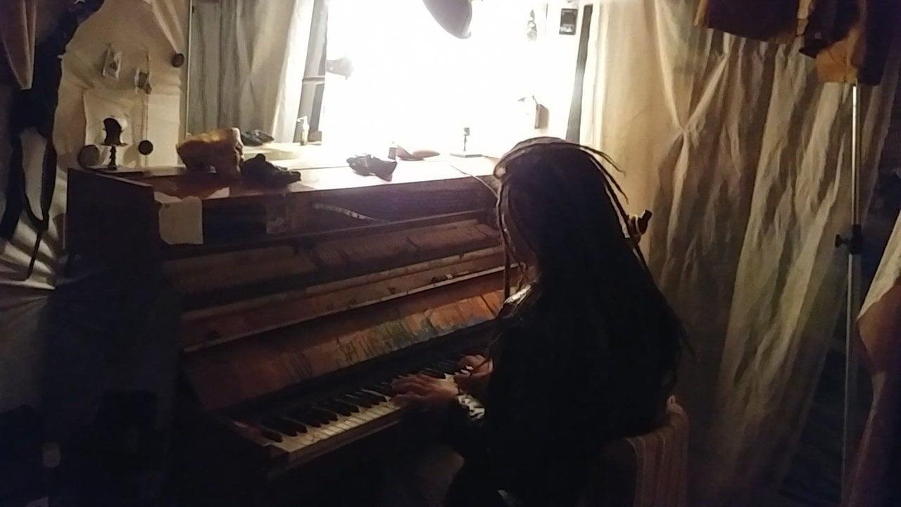Saveliy Merqulove - The Peaceful Stranger - Piano Stranding