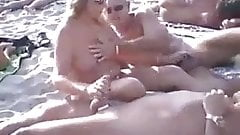 Threesome hot beach fun