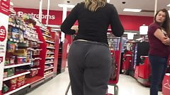 Amazing Big Candid Jiggly Ass