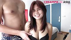 Натурально грудастая азиатская милашка готова к кримпаю