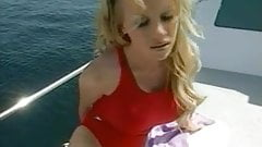 Lydia Pirelli fickt in Babewatch